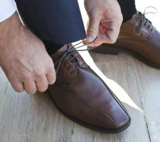 how to remove water stains from leather shoes