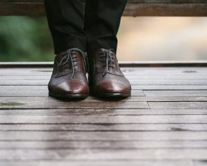 how to wear mens oxford shoes