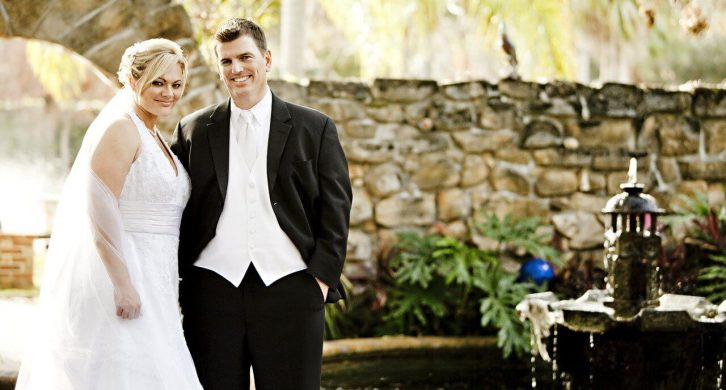 what to wear to a wedding if you're overweight